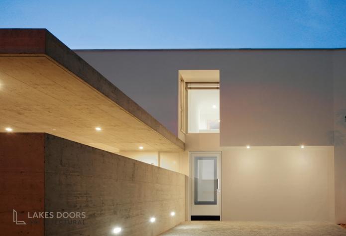 Silvelox glass door